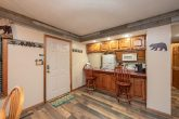 3 Bedroom Chalet Pigeon Forge with Bar Seating