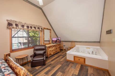Master Bathroom with Jacuzzi and Flatscreen TV - Appalachian Bear Den