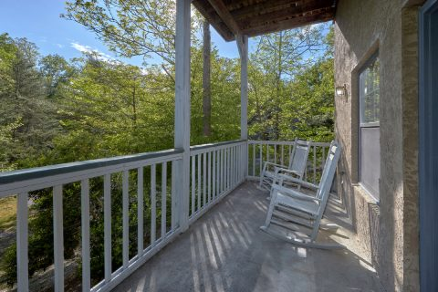3 Bedroom Cabin with Deck and Rocking Chairs - Appalachian Bear Den