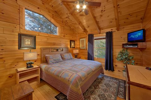 Premium 2 Bedroom cabin with 2 King beds - April's Diamond