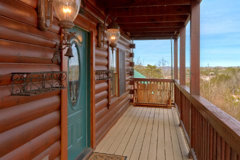 6 Bedroom with Swing on Deck - Arrowhead View Lodge