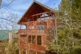 6 Bedroom 6 1/2 bath 3 Story Cabin Sleeps 14
