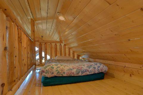 3 Bedroom with Kids Loft - Aurora