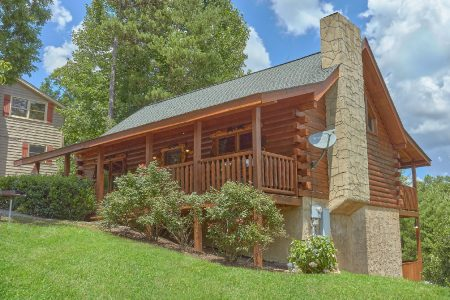 The Bunkhouse: 2 Bedroom Pigeon Forge Vacation Home Rental