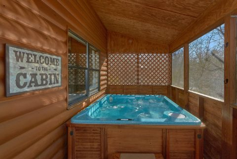 Private Hot Tub 2 Bedroom Cabin - Autumn On Sunrise