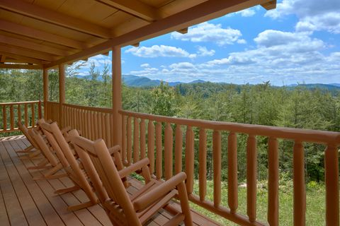 2 Bedroom cabin with Mountain Views - Autumn Run