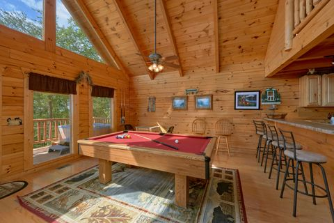 Rustic 2 bedroom cabin with Pool Table - Autumn Run