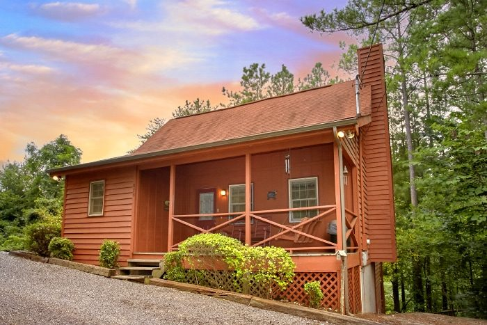 B & D Hideaway Cabin Rental Photo