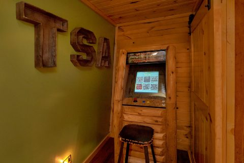 Luxury 5 Bedroom Cabin with Multi Game Arcade - Bar Mountain