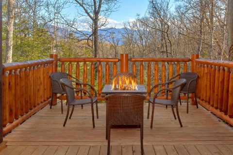 Large Cabin with Large Outdoor Area Fire Pit - Bar Mountain
