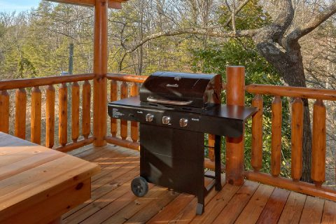5 Bedroom Cabin with Gas Grill Sleeps 17 - Bar Mountain