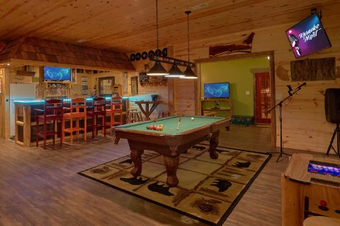 5 Bedroom Cabin with Large Game Room Pool Table - Bar Mountain