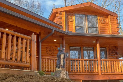 Unique 5 Bedroom Cabin Sleeps 17 - Bar Mountain
