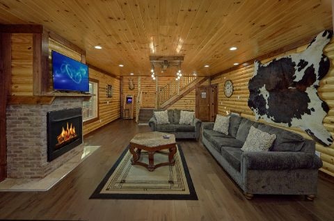 Spacious 5 Bedroom Cabin with Living Room & WiFi - Bar Mountain II