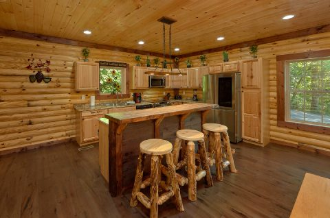 Spacious Cabin with Bar and Full Kitchen - Bar Mountain II