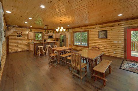 Large Dining Area Seats 15 - Bar Mountain II