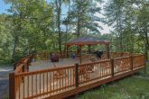 Private 5 Bedroom Cabin with Large Deck