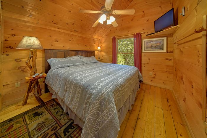 Premium 2 Bedroom Cabin with King Master Bedroom - Bar None