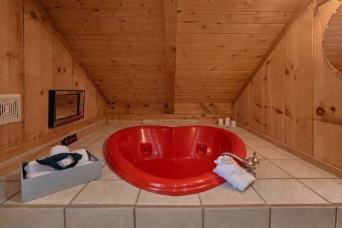 Heart Shape Jacuzzi Tub 1 Bedroom Cabin - Bare Kissin And Huggin