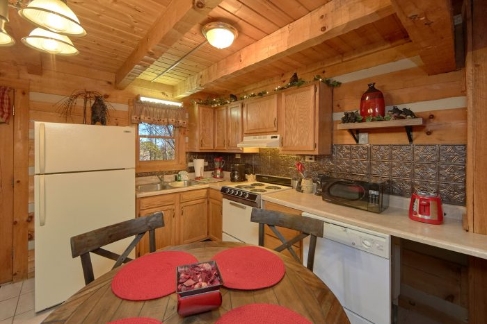 1 Bedroom Cabin Sleeps 4 wit Full Kitchen - Bare Tubbin
