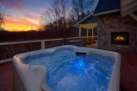 Secluded Private Hot Tub - Bear Bottoms