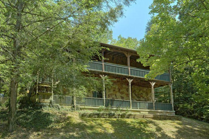 Bear Cove Escape Cabin Rental Photo