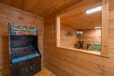 3 Bedroom Cabin with Arcade and Pool Table