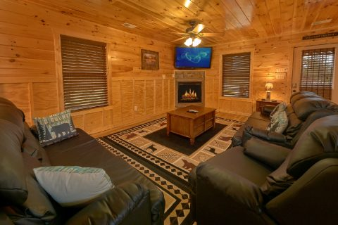 Living Room with Fireplace and Recliners - Bear Cove Lodge