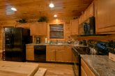 Cabin with 6 bedrooms and full size kitchen