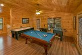 Cabin with pool table, air hockey and Foosball