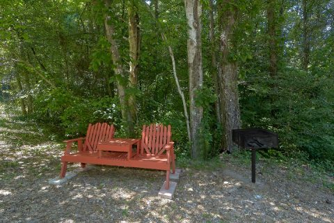 2 Bedroom Cabin with Yard and Fire Pit - Bear Creek Hollow