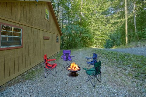 Fire Pit 2 Bedroom Cabin Sleeps 6 - Bear Creek Hollow