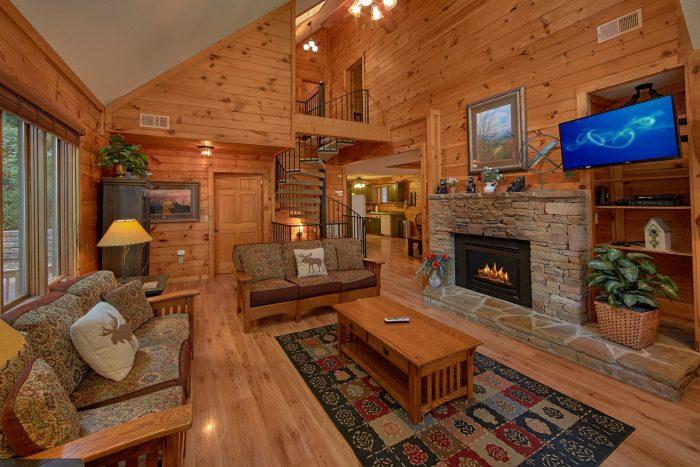 4 Bedroom Gatlinburg Cabin Near Ski Lodge - Bear Crossing
