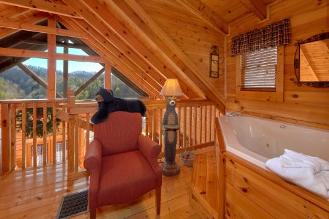 Jacuzzi Tub with Views 1 Bedroom Cabin - Bear Heaven