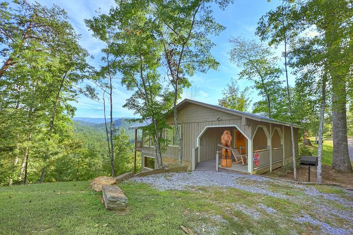 Bear Hugs Cabin Rental Photo