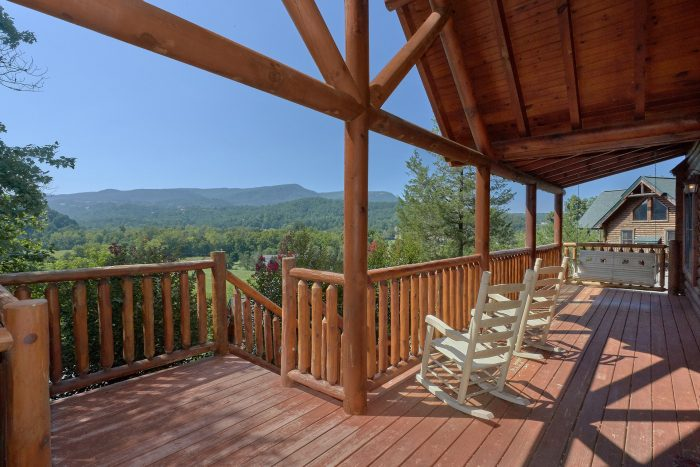 3 Bedroom Cabin with Views of the Mountains - Bear Mountain Lodge