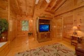 Premium Resort Cabin with Spacious King Bedroom
