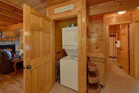 3 Bedroom Resort cabin with washer and dryer - Bear Mountain Lodge