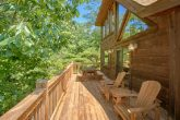 2 Bedroom Cabin with Outdoor Seating