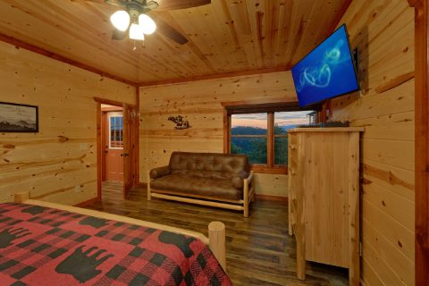 Wears Valley 6 Bedroom Cabin Sleeps 20 - Bear Paddle Lodge