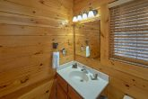 Cabin with 2 Master Baths and 2 Jacuzzi Tubs