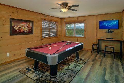 Smoky Mountain 4 Bedroom Cabin with Pool Table - Bear Paws