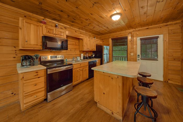 Kitchen with Bar Seating - Bear Shack