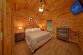 Cabin with King Sized Bedroom
