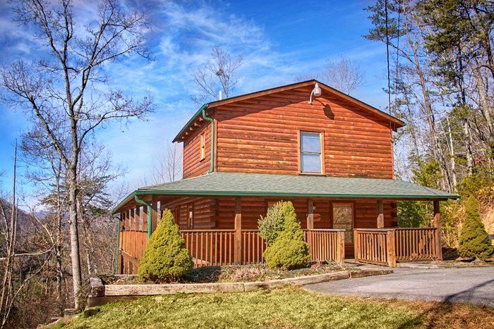 Bearadise Cabin Rental Photo