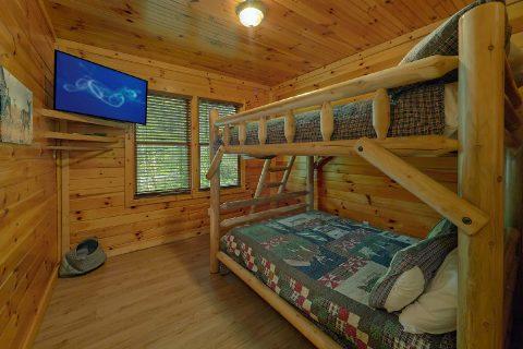 12 Bedroom Gatlinburg Cabin Sleeps 47 - Bearadise Lodge