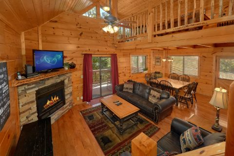 3 bedroom Cabin Sleeps 9 in Pigeon Forge - Bearfoot Dreams