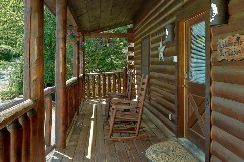 Covered Decks with Views 2 Bedroom - Bearfoot Haven