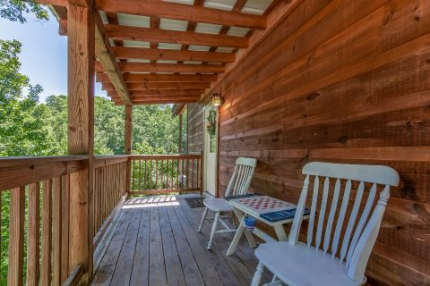 3 Bedroom Between Pigeon Forge and Gatlinburg - bearHAVEN