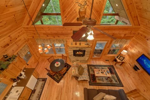 Beauitful 1 Bedroom Cabin Sleeps 6 - Bear'ly Makin' It